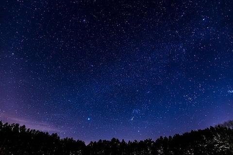 群馬の夜空を彩る光輝く星たち
