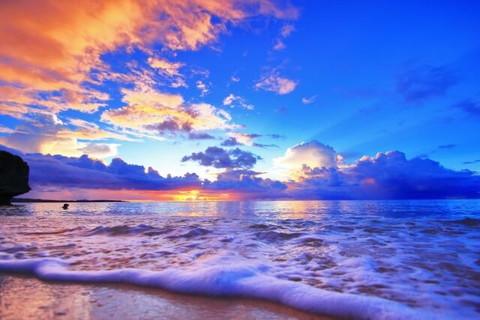 感動的な古宇利島の夕暮れ時の風景
