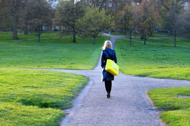 人生はつねに選択の連続ですが、どうせなら幸せになるための道を選択すべきではないでしょうか。