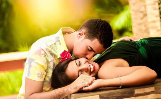 元彼を忘れるには新しい恋を見つけるのが最善な方法かもしれません