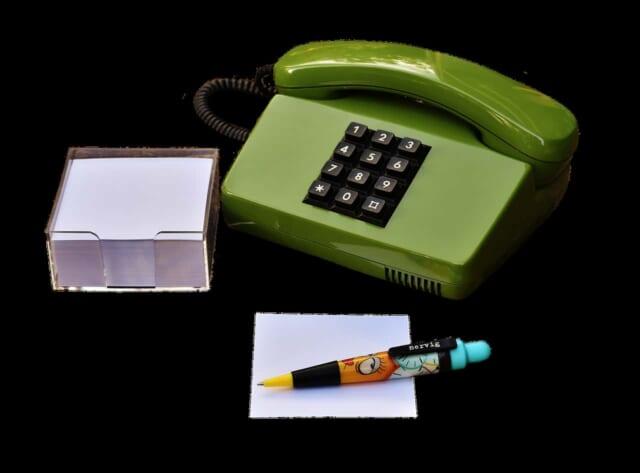 テレクラで利用されていたプッシュ式電話機