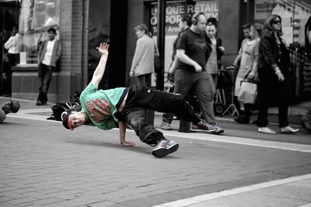 ダンスをすると普段とは別人のようになるストリートダンサー