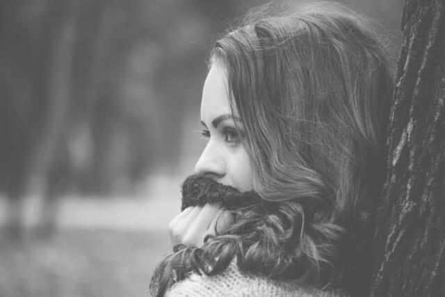 彼氏との信頼関係がしっかり出来ているため嫉妬をしない女性