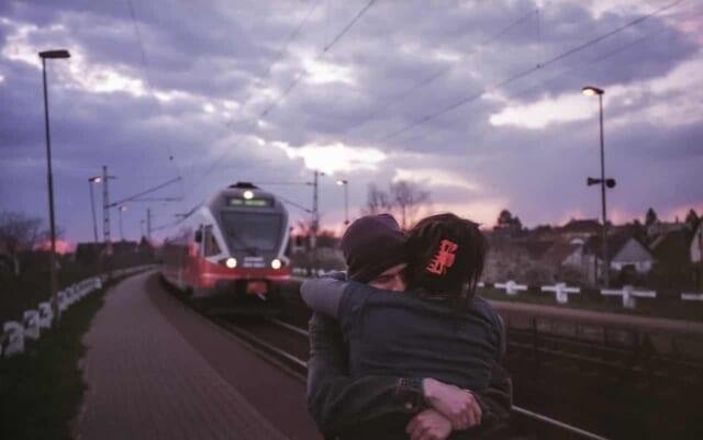遠距離恋愛でも上手く付き合っている男女