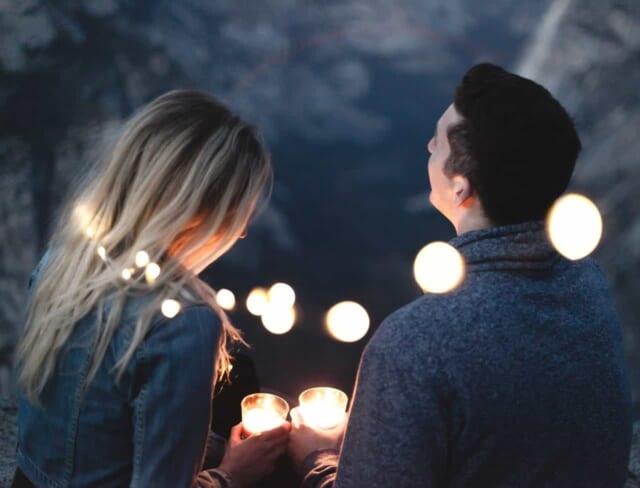 プラトニックな恋愛関係の男性と女性