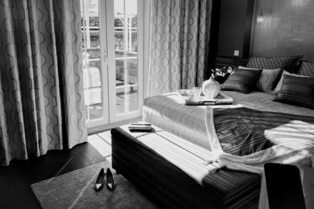 ベッドインへの自然な流れを作るテクニックが上手い男性の部屋
